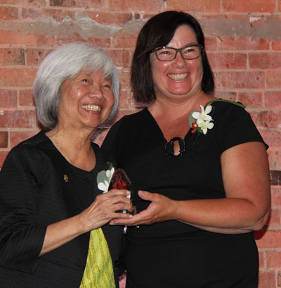 Mercedes Wong receives the 2018 Real Estate Institute of Canada (REIC) Community Services Award